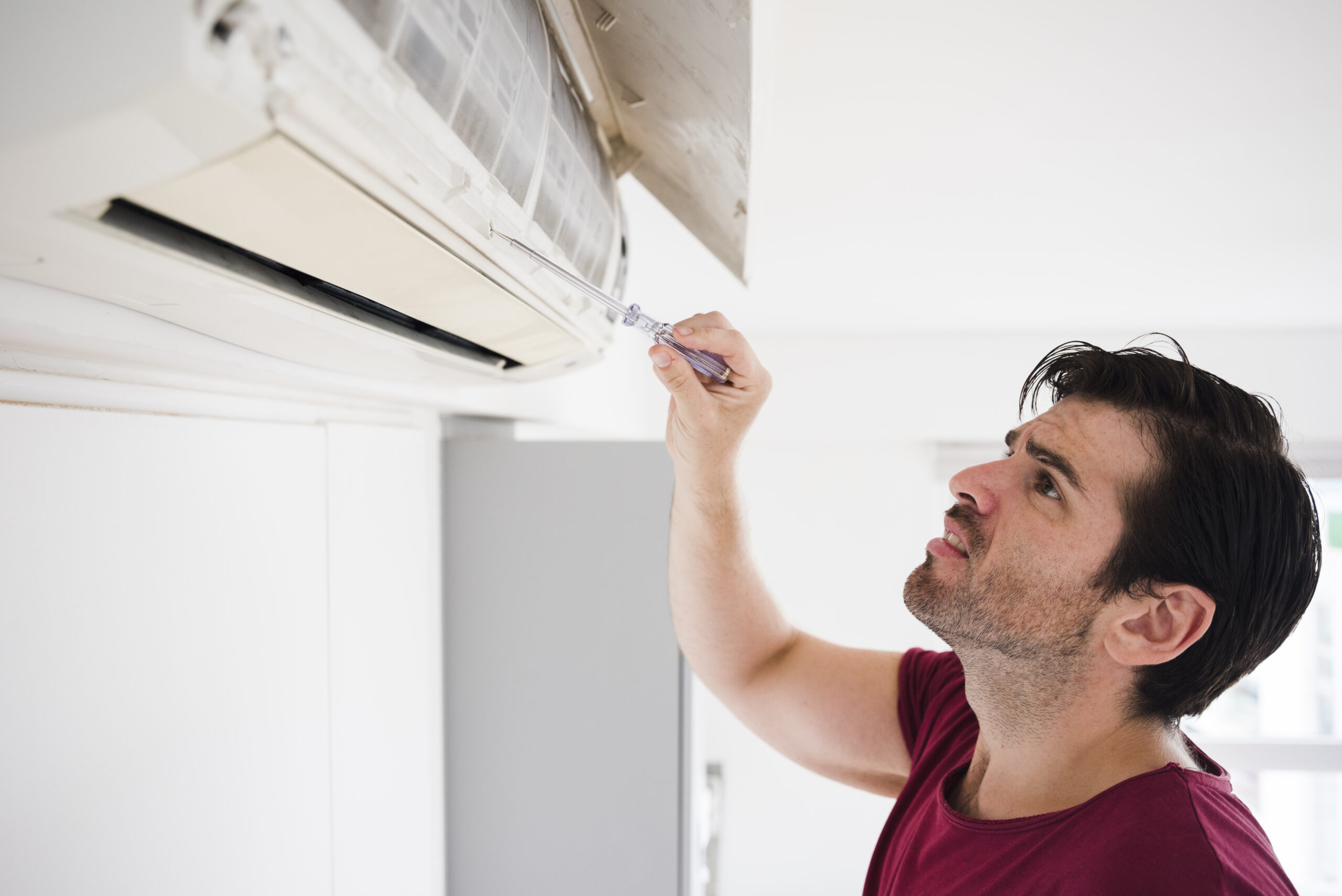 Does Your AC Unit Need to Be Replaced or Repaired?