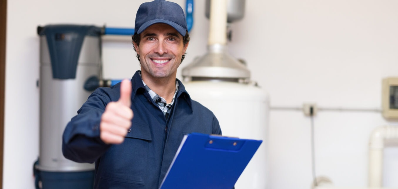 Why You Shouldn't Install A Water Heater Yourself